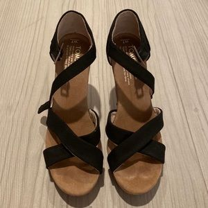 Toms Sofie Strappy Wedges LIKE NEW